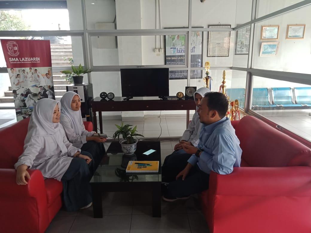 Pelajaran Bahasa Indonesia menggunakan metode wawancara