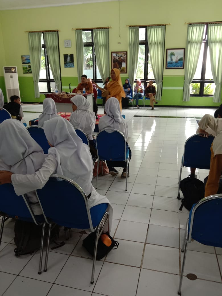 Cerdas Cermat Islam (Islamic Quiz) for Junior High Students